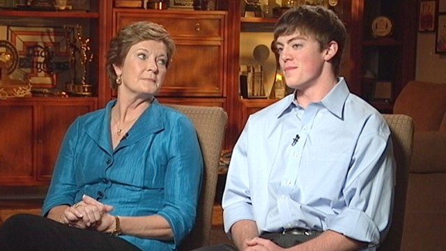 VIDEO: Pat Summitt, Son Take Care of Each Other