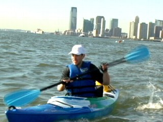Watch: Man Commutes by Kayak to Work in NYC