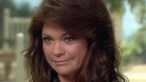VIDEO: A sleek Valerie Bertinelli says nipples were airbrushed in magazine cover shot.