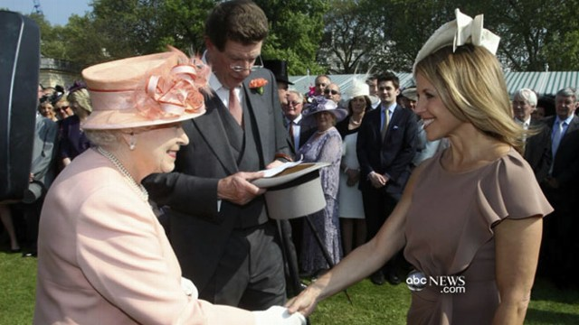 VIDEO: Garden party at Buckingham Palace celebrates the Queens Diamond Jubilee.