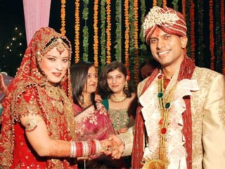 arranged marriage in india 1 Free essay: arranging a marriage in india serena nanda arranged marriages in indian society have been the norm for many centuries even today, an.