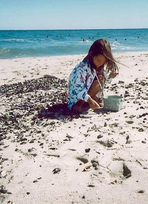 Photo: Ashley Dupré as a child.