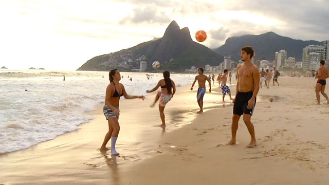 Beach goers in Rio de Jainero play a soccer spin off called Altinha, Portuguese for a little higher.