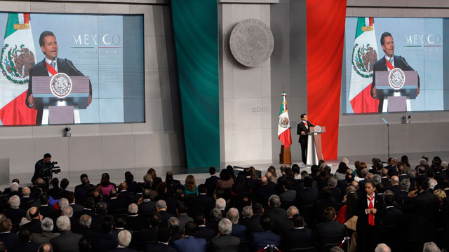 PHOTO:Mexicos newly sworn-in President Enrique Pena Nieto delivers his inaugural speech at the National Palace in Mexico City, Saturday, Dec. 1, 2012.