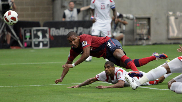 PHOTO:The US will attempts to keep up its 3 game winning streak in World Cup Qualifier games, when it faces off against Panama in Seattle. In South America, Argentina and Colombia, could virtually clinch qualification if they win their games.