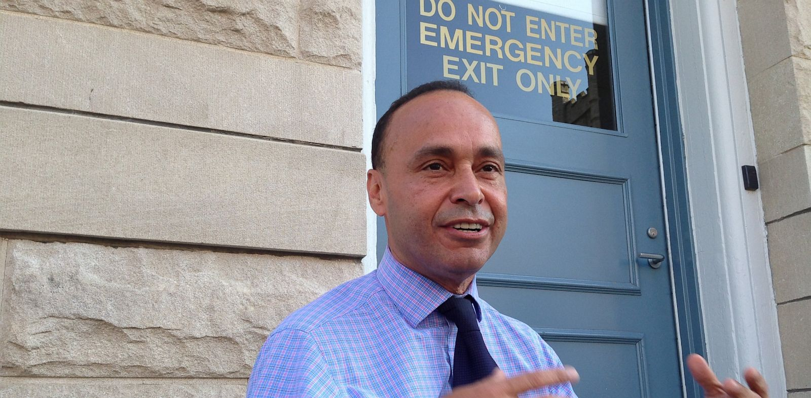 PHOTO: Rep. Luis Gutiérrez speaks to reporters before an immigration reform rally in Harrisonburg, Va. on August 26, 2013.