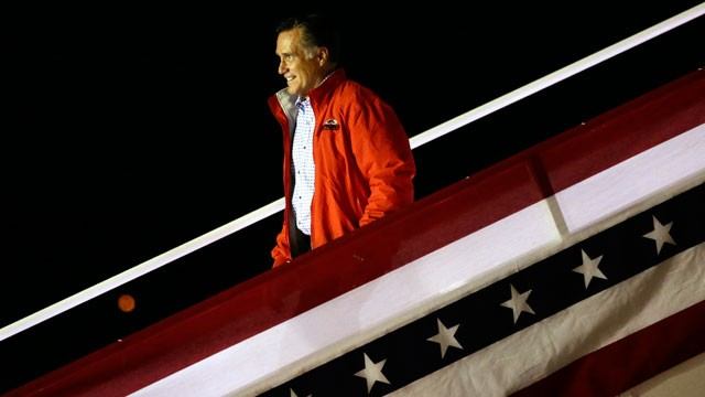 PHOTO: Republican presidential candidate and former Massachusetts Gov. Mitt Romney steps off his campaign plane in Weyers Cave, Va., Sunday, Oct. 7, 2012.