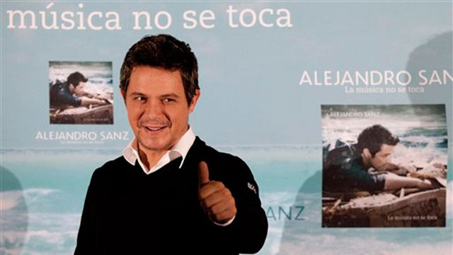 PHOTO: Spain's Alejandro Sanz promoting his new album in Mexico City on Monday, Sept. 17, 2012.