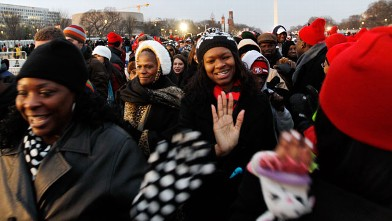 PHOTO:President Barack Obama supporters arrive on the National Mall in Washington