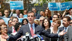 PHOTO: Los Angeles Mayor-elect Eric Garcetti speaks at a news conference in Los Angeles Wednesday, May 22, 2013.
