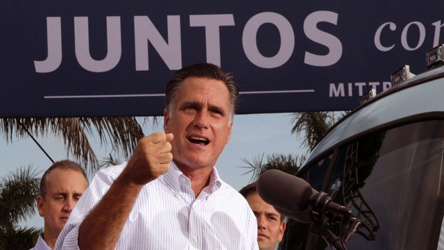 PHOTO: Romney speaks to Latino voters in Florida.