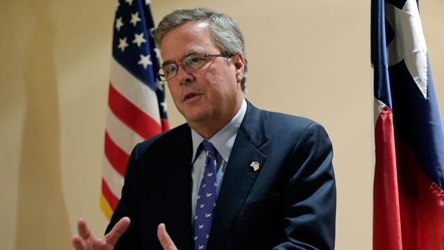 PHOTO:&nbsp;Former Florida Gov. Jeb Bush writes in a new book that the nation needs to completely overhaul its immigration policies but cautions against providing a pathway to citizenship for undocumented immigrants.