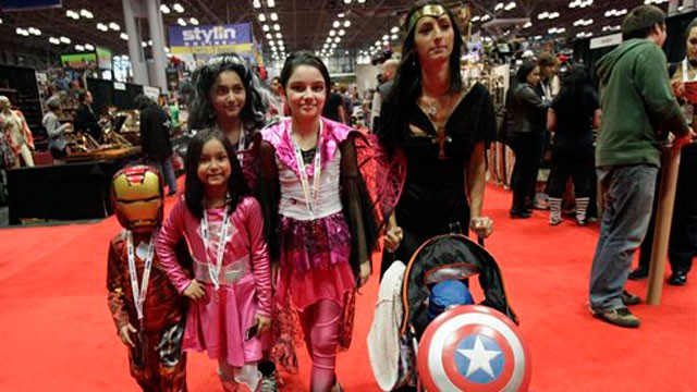PHOTO:&nbsp;A Latino family at NY Comic Con.