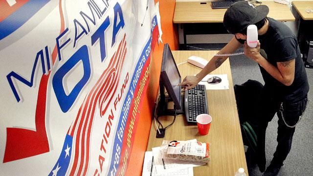 PHOTO:Latino vote