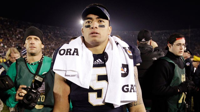 PHOTO:   Notre Dame linebacker Manti Te'o walks off the field.