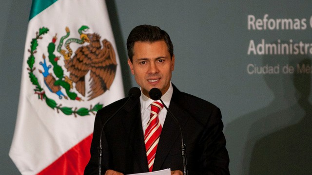 PHOTO: Mexico's President-elect Enrique Peña Nieto delivers a speech during an event in Mexico City, Wednesday, Nov. 14, 2012.