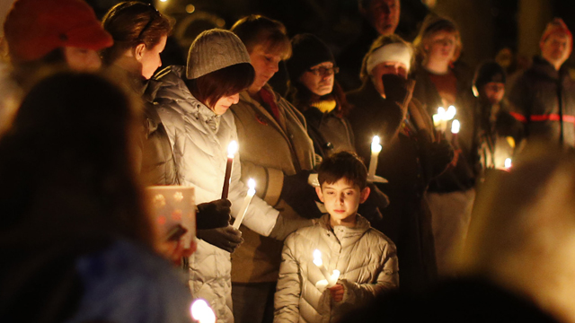 PHOTO:Mourners gather for a candlelight vigil at Rams Pasture to remember shooting victims, Saturday, Dec. 15, 2012 in Newtown, Conn.