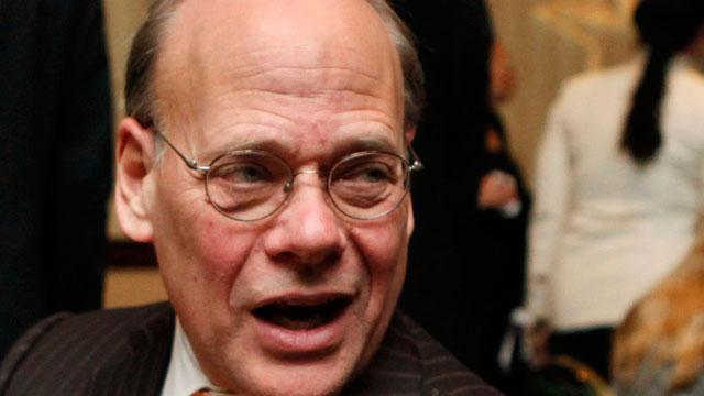 PHOTO: In this Jan. 13, 2010 file photo, Rep. Steve Cohen, D-Tenn., left, speaks in Washington, D.C.