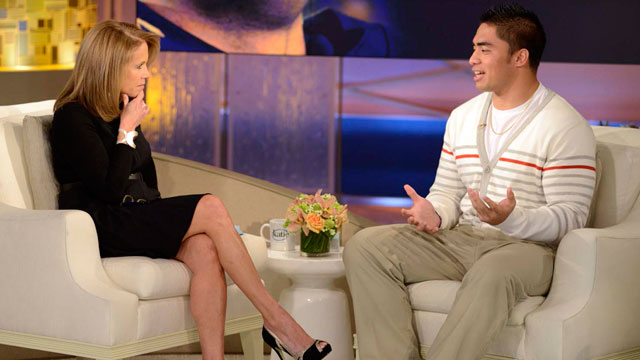 "PHOTO:  Notre Dame linebacker Manti Teo, right, speaking with host Katie Couric during an interview for ""Katie,"" in New York."
