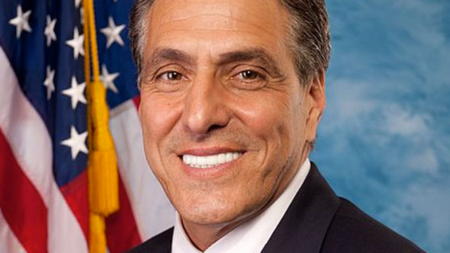 PHOTO: Rep. Lou Barletta (R-Pennsylvania) compared undocumented immigrants to water in a sinking ship in an interview with the New York Times.