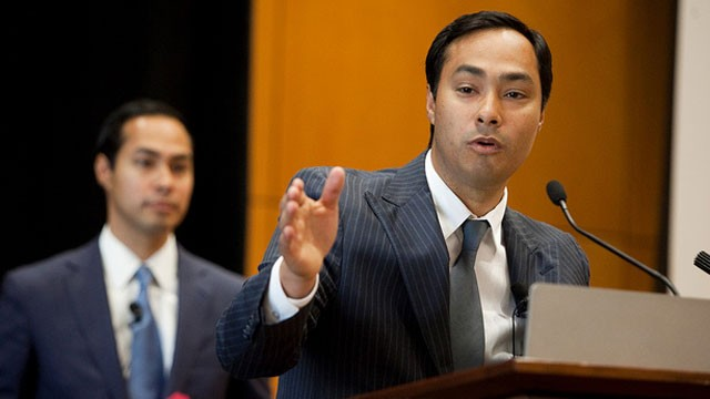 PHOTO:&nbsp;Texas State Rep. Joaqu&iacute;n Castro of San Antonio introduced his brother, San Antonio Mayor Juli&aacute;n Castro, at The Texas Tribune Festival on Sept. 24, 2011.