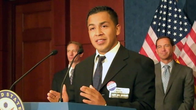 PHOTO: Cesar Vargas speaks at a press conference in 2010 about his inability to serve in the armed forces as an undocumented immigrant.
