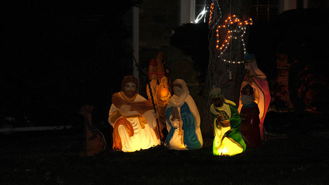 PHOTO: It's best to keep your stolen nativity figures off of Facebook.