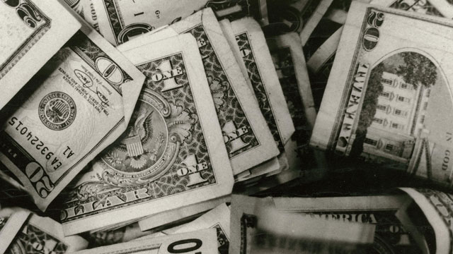 PHOTO: Money