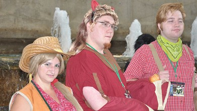PHOTO:Male and female bronies show off their costumes at Otakon.