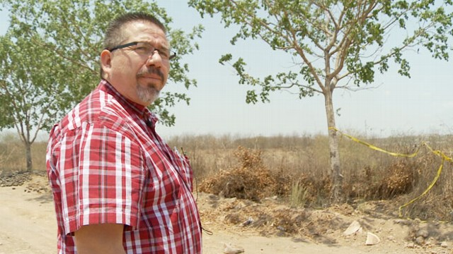 VIDEO: Award-winning journalist Javier Valdez reports on drug cartels in Sinaloa, Mexico