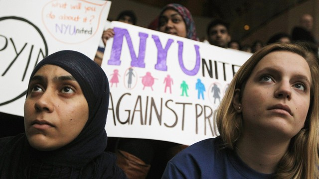 PHOTO: New York University (NYU) students attend a town hall to discuss the NYPD's surveillance of Muslim communities.