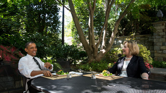 PHOTO: President Barack Obama has lunch at the White House with former Secretary of State Hillary Clinton on July 29, 2013.
