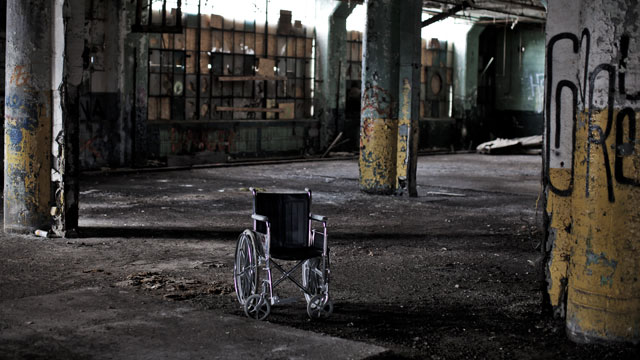 PHOTO: Inside the Fisher Body 21 plant, December 7, 2010 in Detroit, Michigan.