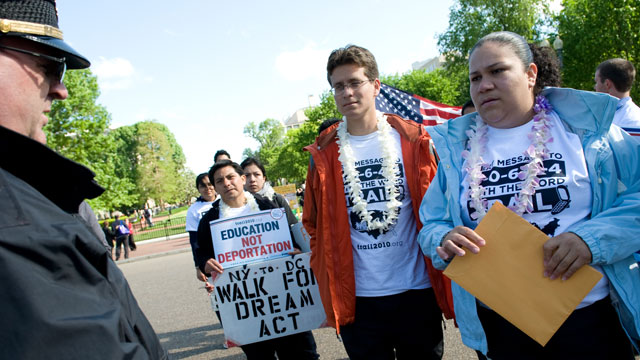 PHOTO: Gaby Pacheco walked 1,500 miles from Florida to Washington, DC to advocate for the Dream Act.