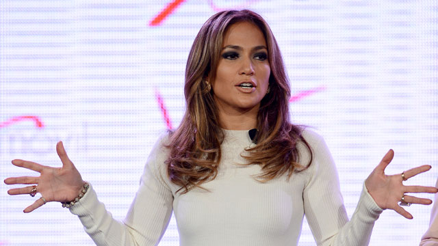 PHOTO: Jennifer Lopez announces Viva Movil in Las Vegas