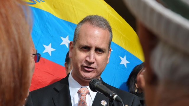 PHOTO: Rep. Mario Diaz-Balart (R-Fla.), representative for Floridas 21st congressional district, visits the election center for the Venezuelan community in Doral, Florida, February 12, 2012.