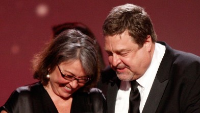 PHOTO: Roseanne Barr and John Goodman