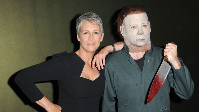 PHOTO: It doesn't matter how Jamie Lee Curtis identifies: She's great, and knowledgeable about yogurt.