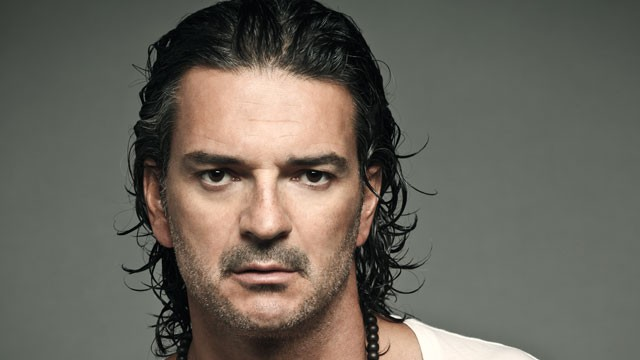 PHOTO: Guatemalan singer-songwriter Ricardo Arjona.