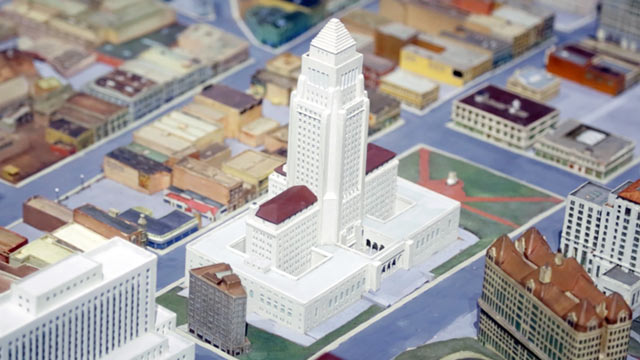 PHOTO:Diorama of Los Angeles at the Natural History Museum of Los Angeles County.