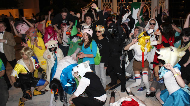 "PHOTO: People doing the ""Harlem Shake""."