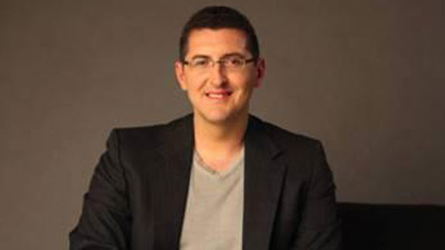 PHOTO: Emanuel Pleitez, the 30-year-old-son of Latino immigrants, is running an upstart bid to become mayor of Los Angeles.