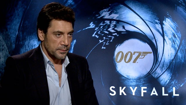 PHOTO: Javier Bardem speaks with ABC Univision about playing a villain in the new James Bond movie 'Skyfall'.
