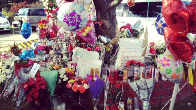 PHOTO: A makeshift altar in front of the Lakewood, Calif. home of Pedro and Rosa Rivera, Jennis parents.