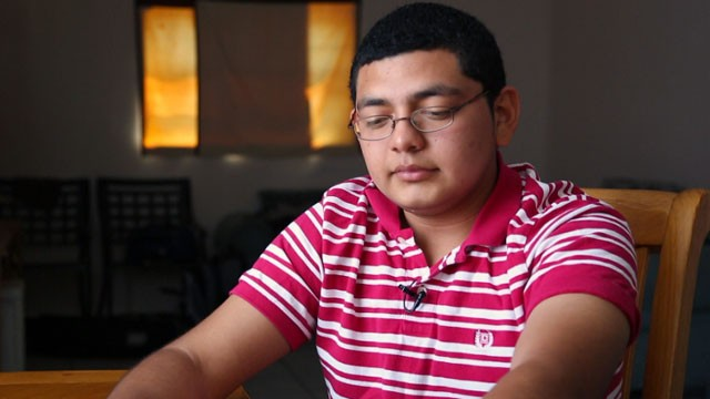In 2011 Oscar fled his home in Honduras after gangs indiscriminately murdered his father and brother, and then threatened to come after him.