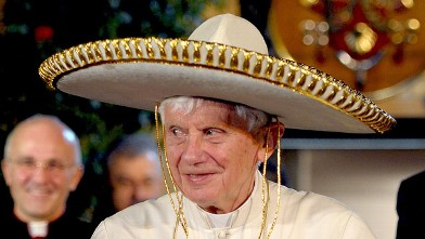 PHOTO:Pope Benedict XVI wears a sombrero in Leon, Mexico on March 25, 2012.