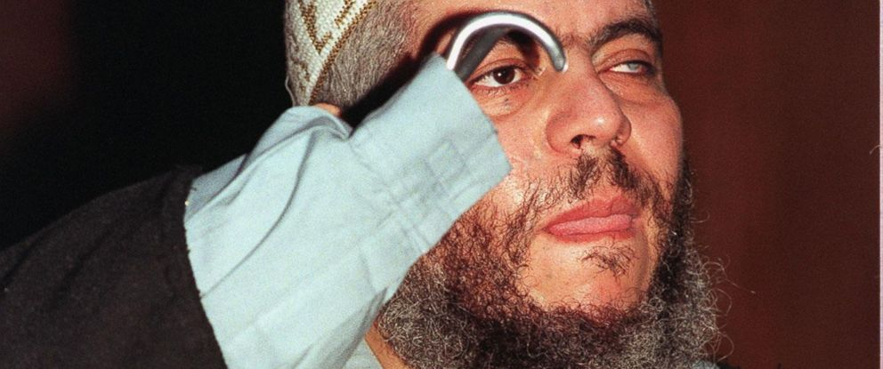 PHOTO: Islamic preacher Abu Hamza speaks to the press in this June 4, 2003, file photo.