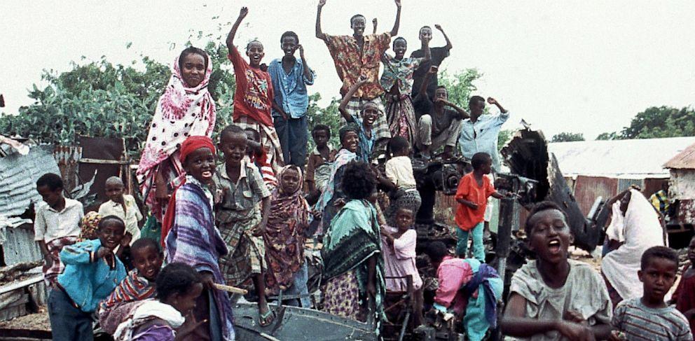PHOTO: Somalis chant anti American slogans