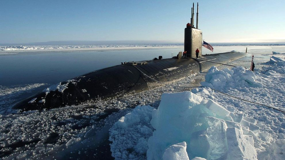 PHOTO: The Los Angeles-class attack submarine USS Hampton (SSN 767) surfaces at the North Pole.
