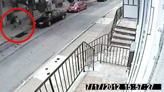 PHOTO: An attempted kidnapping of a 10 year old girl was caught on tape on July 18, 2012, the tape was released by the Philadelphia police who are asking for help finding suspect.